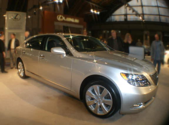 Lexus LS 600h L