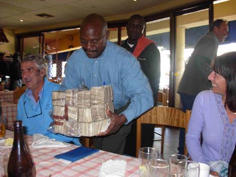 20081202_zimbabwe_inflation_rate_10.jpg