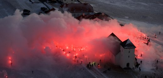 iceland-torches