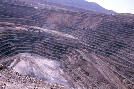 2010_goldstrike_mine_barrick_gold.png