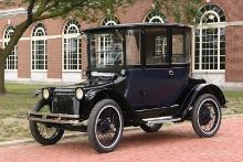 Detroit Electric Coupe