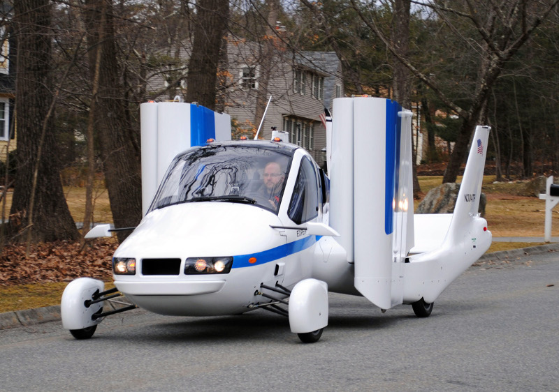 terrafugia transition flying car (small)