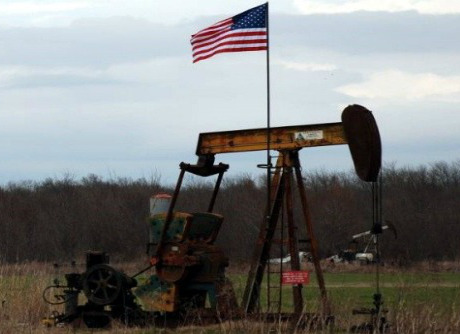 Oil and flag US