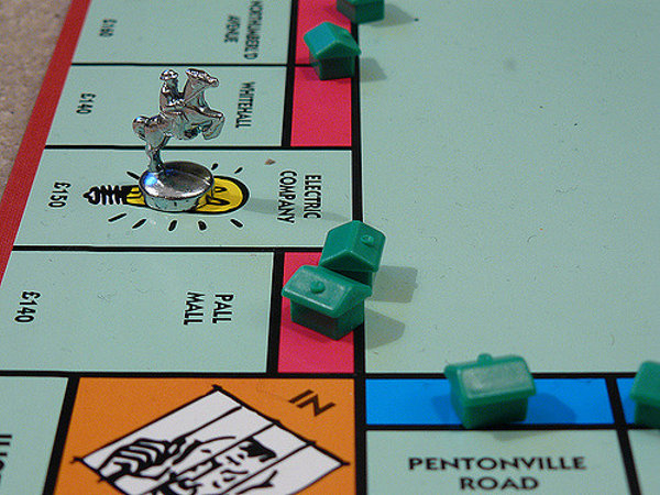 Monopoly board game 600x450